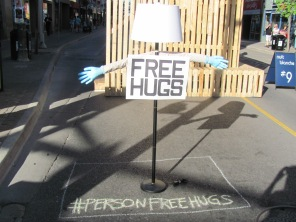Person-Free Hugs Lamp